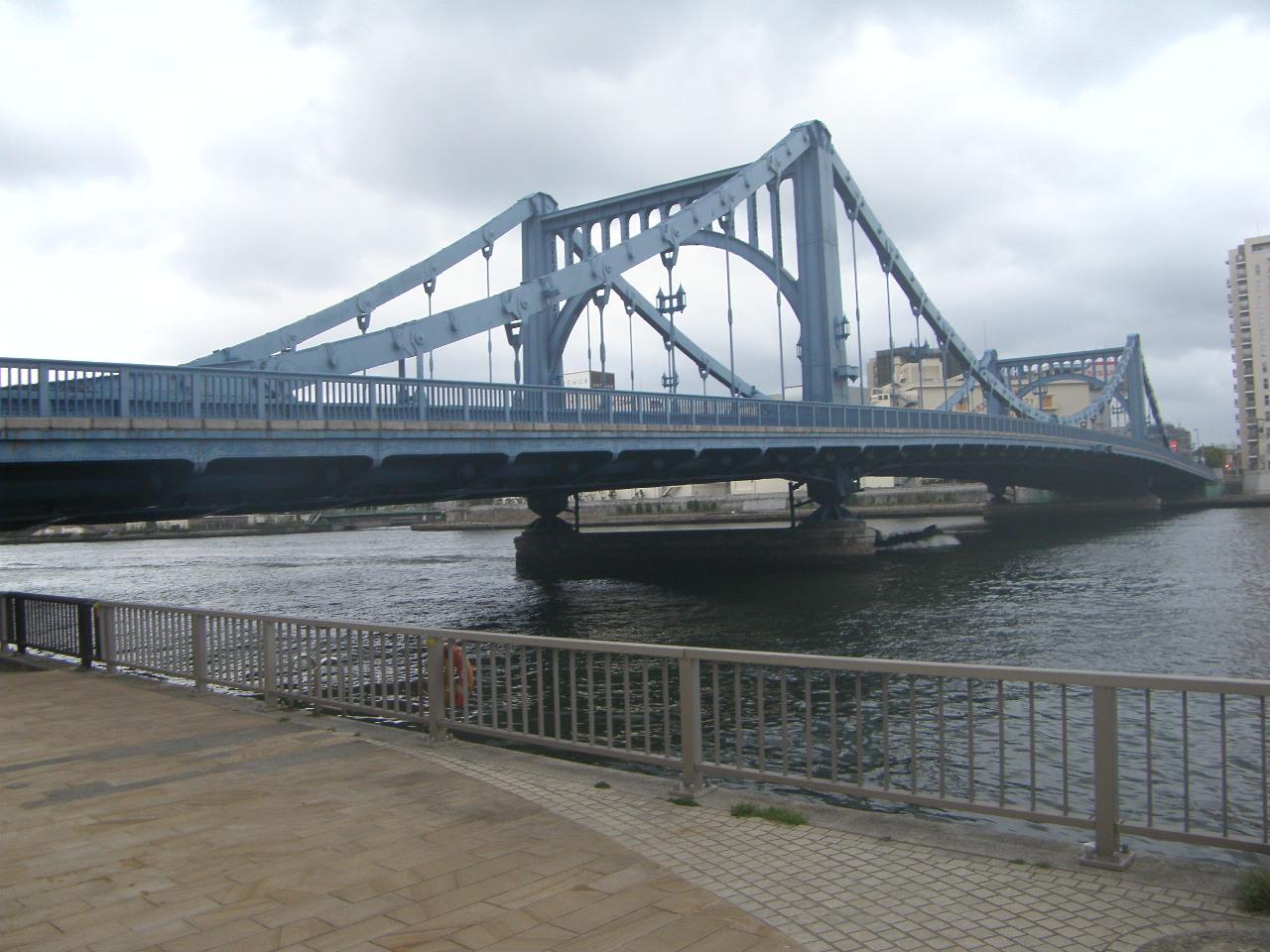 伸縮装置探訪・橋めぐり ~清洲橋~