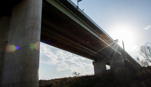 橋脚とは – 橋梁を支えるもの